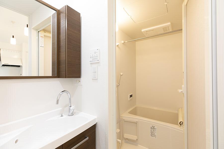 新築アパート 洗面所