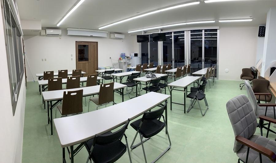 二階セミナー室